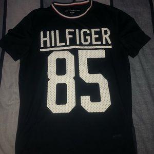 Tommy Hilfiger '85 tee